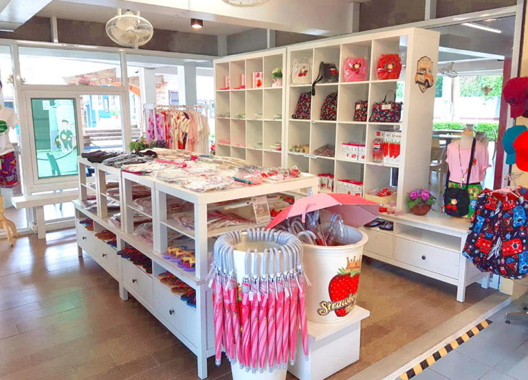 Brookside Valley Resort Hotel in Rayong: Souvenir Shop