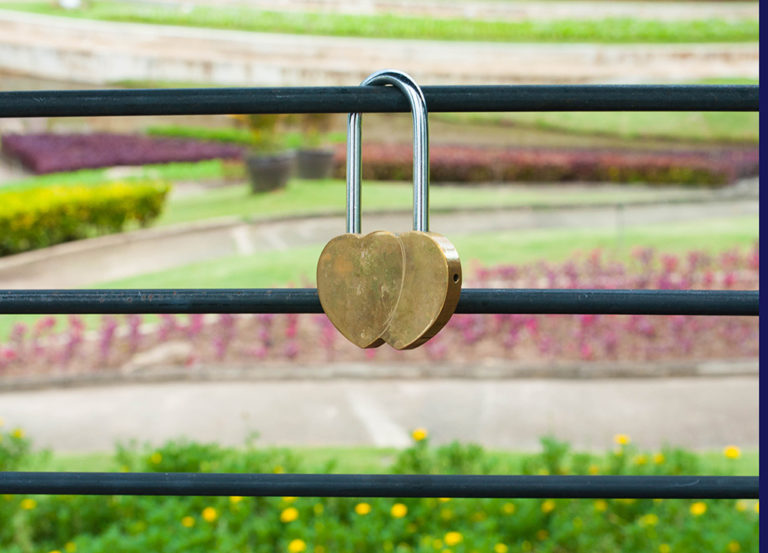Brookside Valley Resort Hotel in Rayong: Love Lock